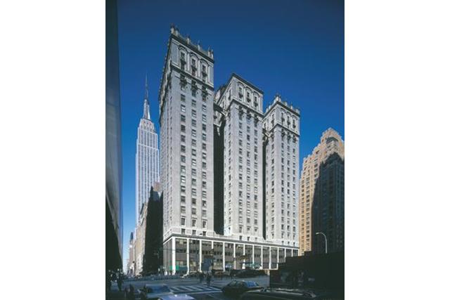 Four Park Avenue | Broadwall Management Corporation